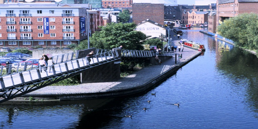 View of bridge on Worcestershire & Birmingham Canal in Birmingham City Centre