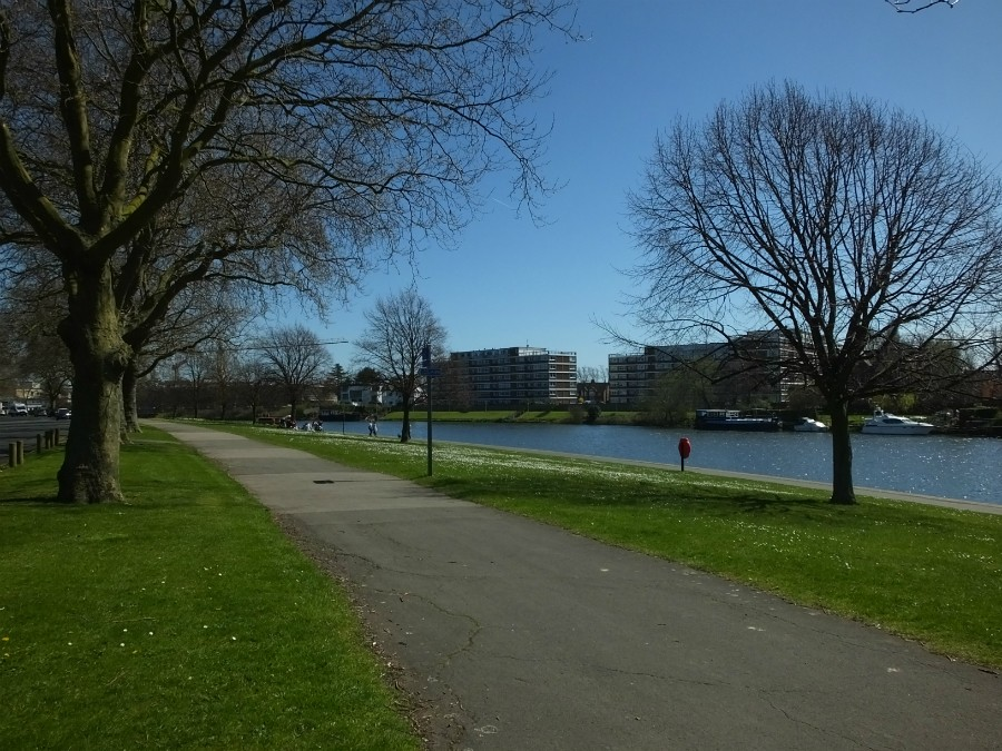 Victoria embankment on the River Trent