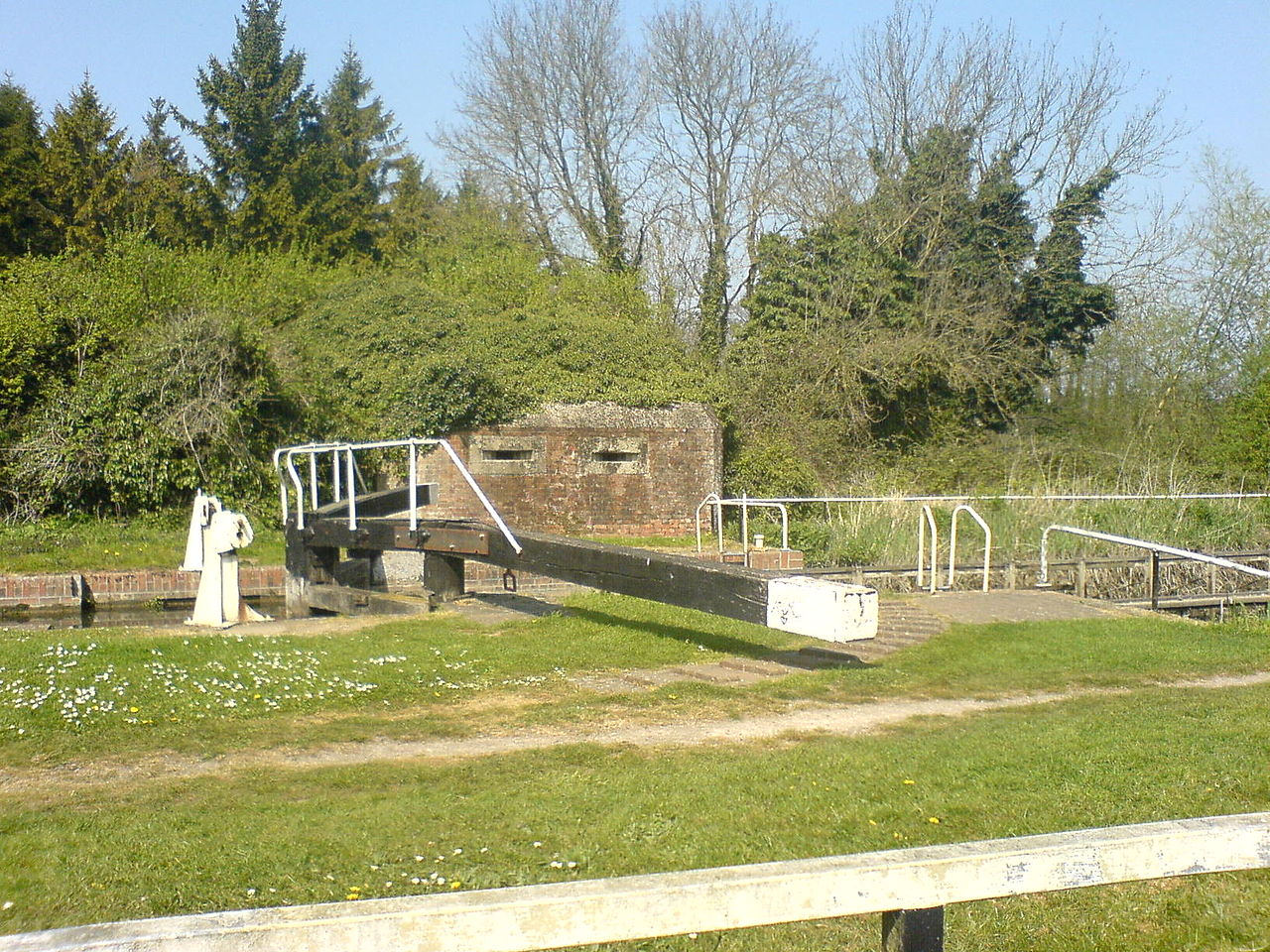 Pill box at Garston Lock