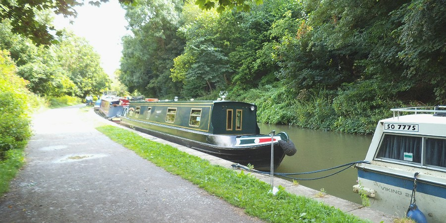 Boats at Avoncliff, Kennt & Avon Canal