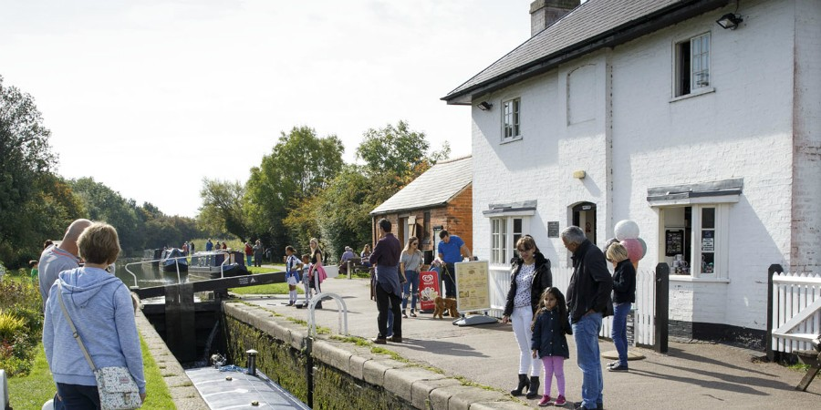 Top lock cafe at Foxton