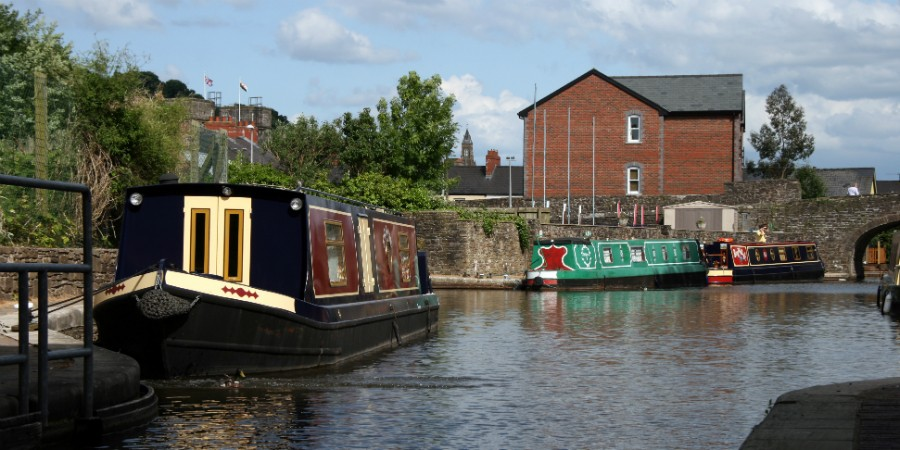 Boats at Brecon Basin