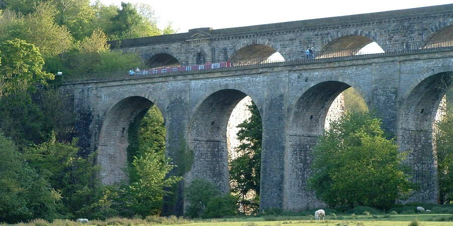 Chirk Aqueduct from below