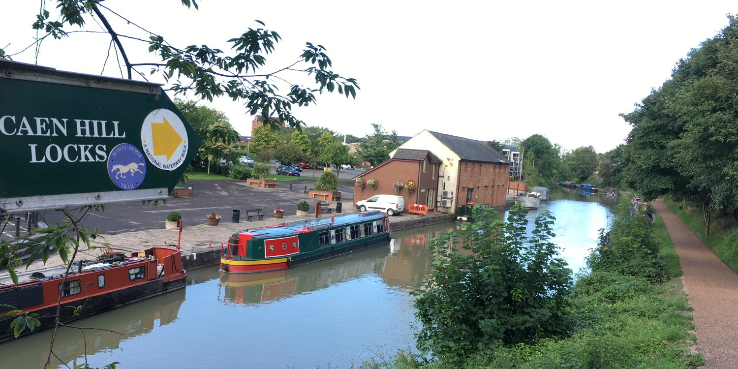 Looking across Devizes Wharf