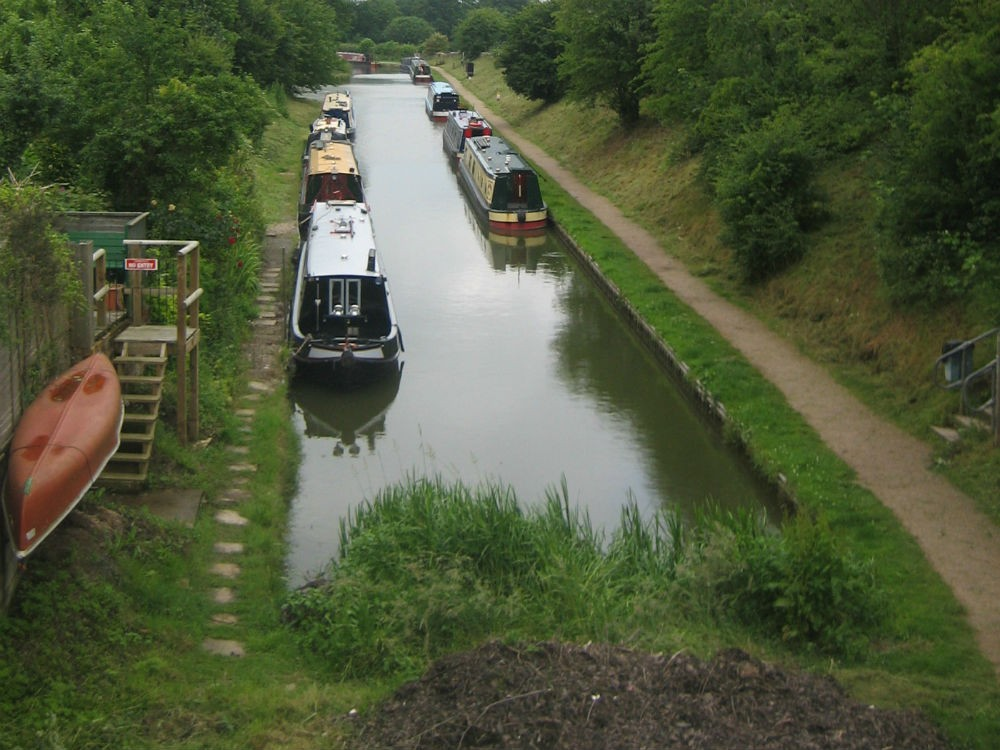 Image showing the Whitchurch Arm of the Llangollen Canal, courtesy of Adrian and Gillian Padfield