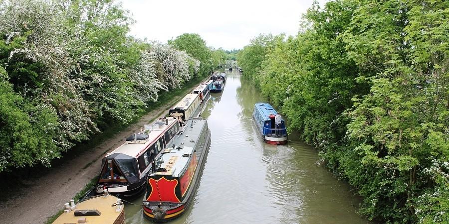 Boat Mooring | Mooring Fees | Canal & River Trust