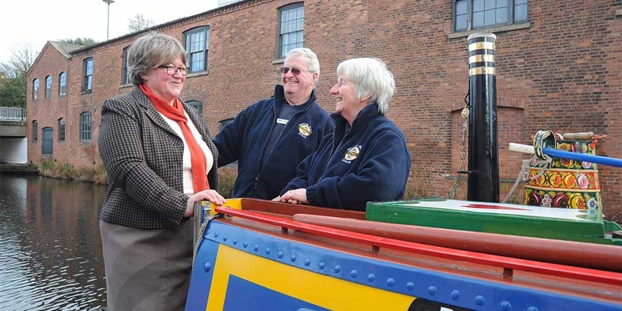 Therese Coffey visits Birmingham's waterways