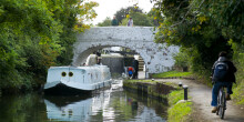 Boat at Hanwell Locks