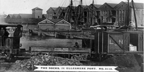 Old photo of the docks at Ellesmere Port from Waterways archive