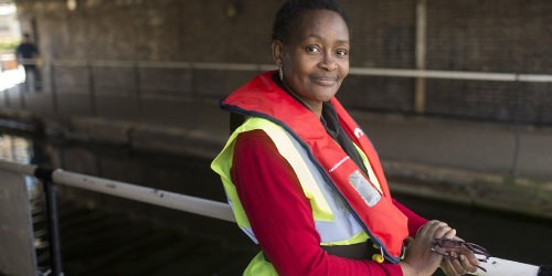Volunteer with the Canal & River Trust