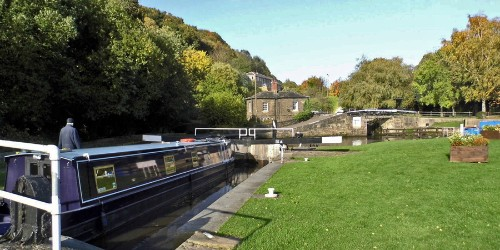 salterhebble locks