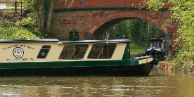 Pamela May on the Droitwich Canal