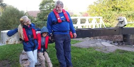 Activity day: children as volunteer lock keepers