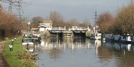 Stonebridge Lock, Lee Navigation