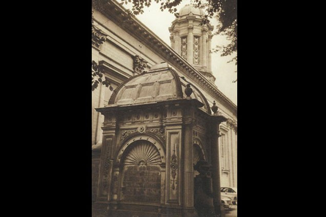 Salt's family mausoleum, next to the church.