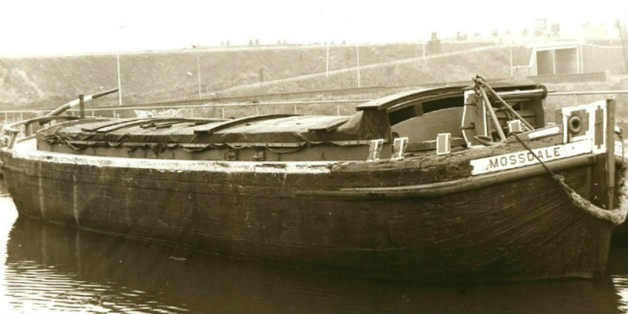 Mossdale - wooden Mersey flat built of oak with pitch pine planking, following the design of the original Mersey sailing flats