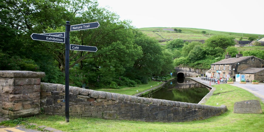Standedge Tunnel and Watersedge Cafe