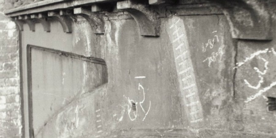 Metal stitch repair, Stretton Aqueduct, 1954 Waterways Archives