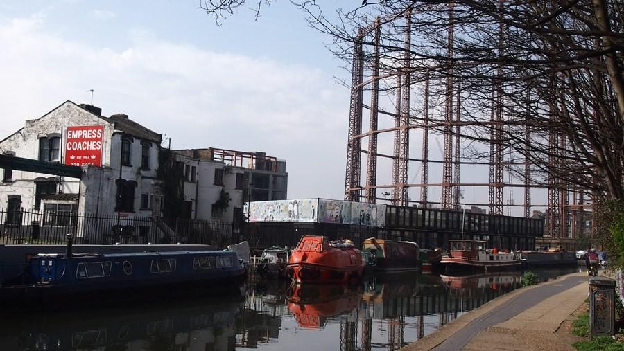 View of Regents Canal / Corbridge Crescent