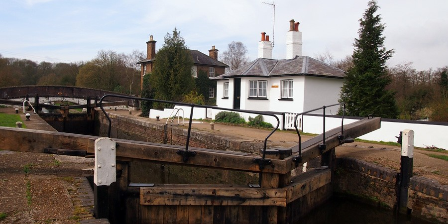 photo of Stockers Lock, grand Union Canal