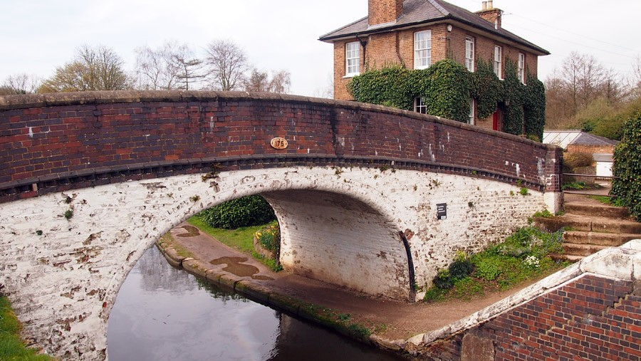 photo of a bridge by stockers lock
