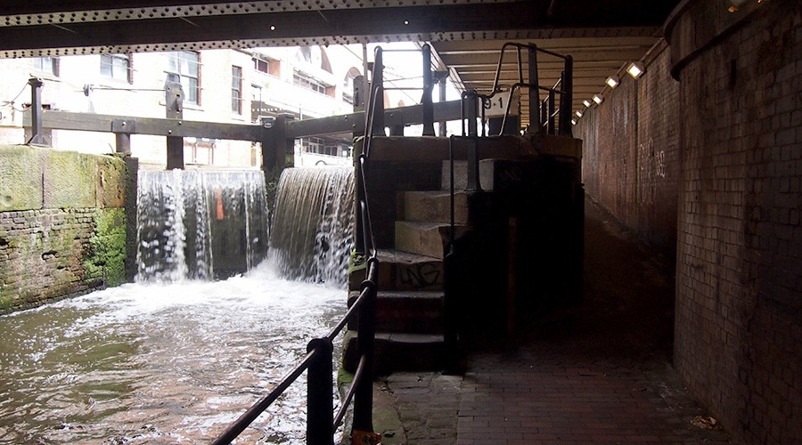 Photo of Deansgate Locks towpath
