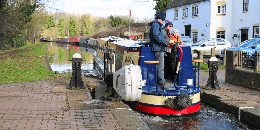 Anne and Ruby narrowboating