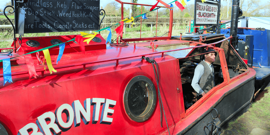Brian the Blacksmith on Bronte, Humans of the Waterways