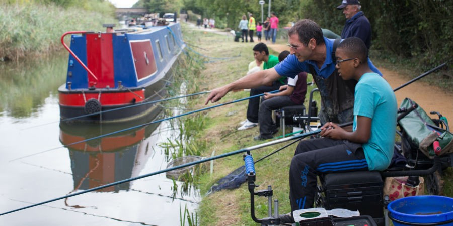 Where can I fish for free?   Canal & River Trust
