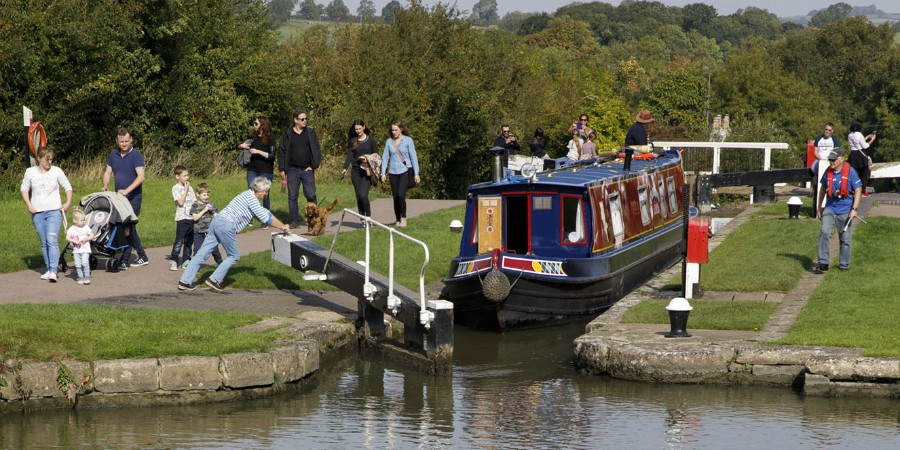 Boating through Foxton Locks staircase