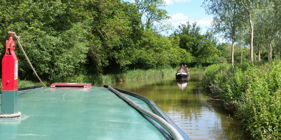 Boating at Kintbury