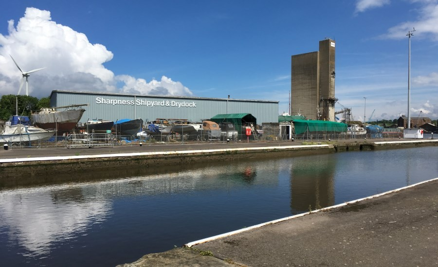 photo of sharpness dock