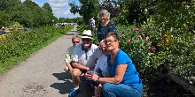 Devizes towpath in bloom