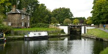 Cottage at Hanwell Locks