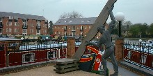 Statue in Market Harborough basin