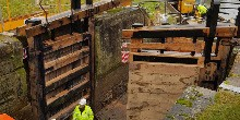 Lock gates replaced at Seabrook Lock