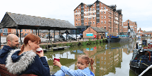 Family enjoying Gloucester Docks
