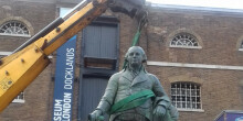 Robert Milligan statue being removed from Docklands