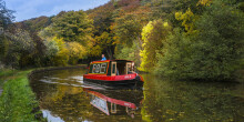 Enjoy an autumn boating holiday