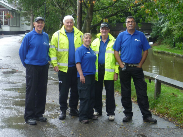 Towpath Task Force day in the rain  by Derek Jones