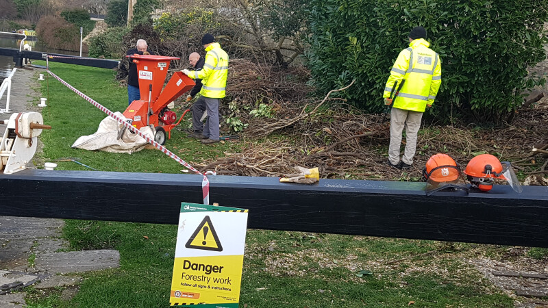 Bath Volunteer Group Wood Chipper Training, Kennet & Avon Canal by Leslie Knott