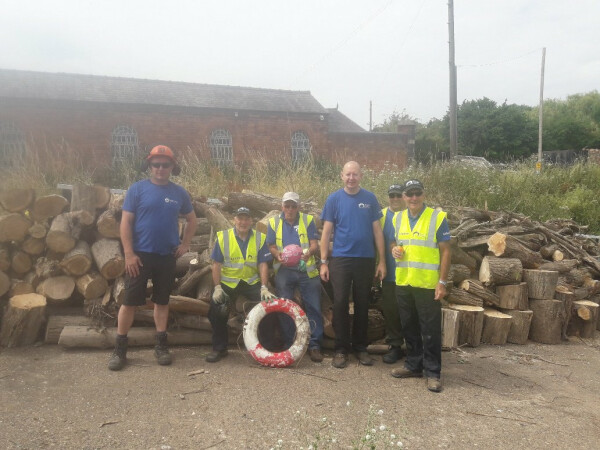 Mon and Brec Thursday volunteer group summer 2018, Worcester Diglis by Mark Watkins