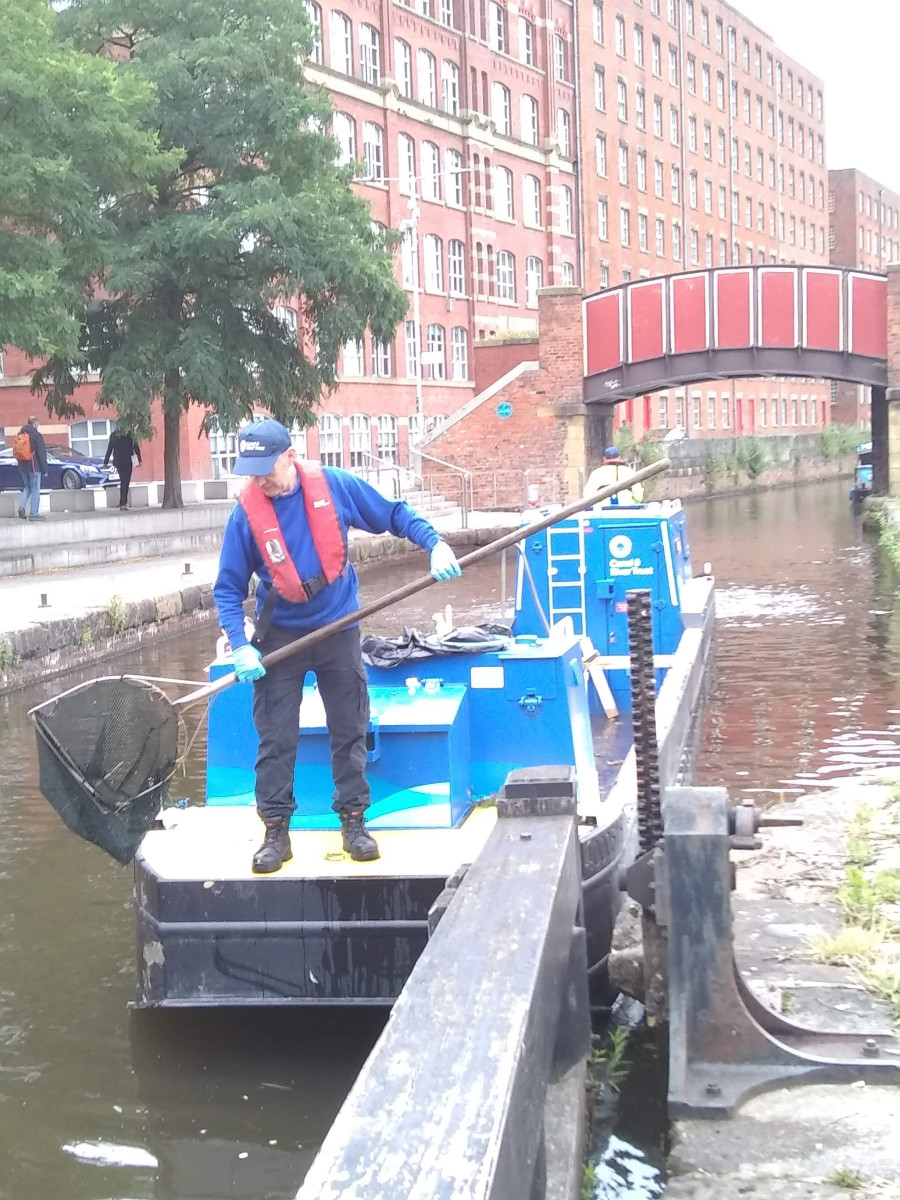 Rubbish clearing in Manchester, Rochdale Canal by Richard Nichols