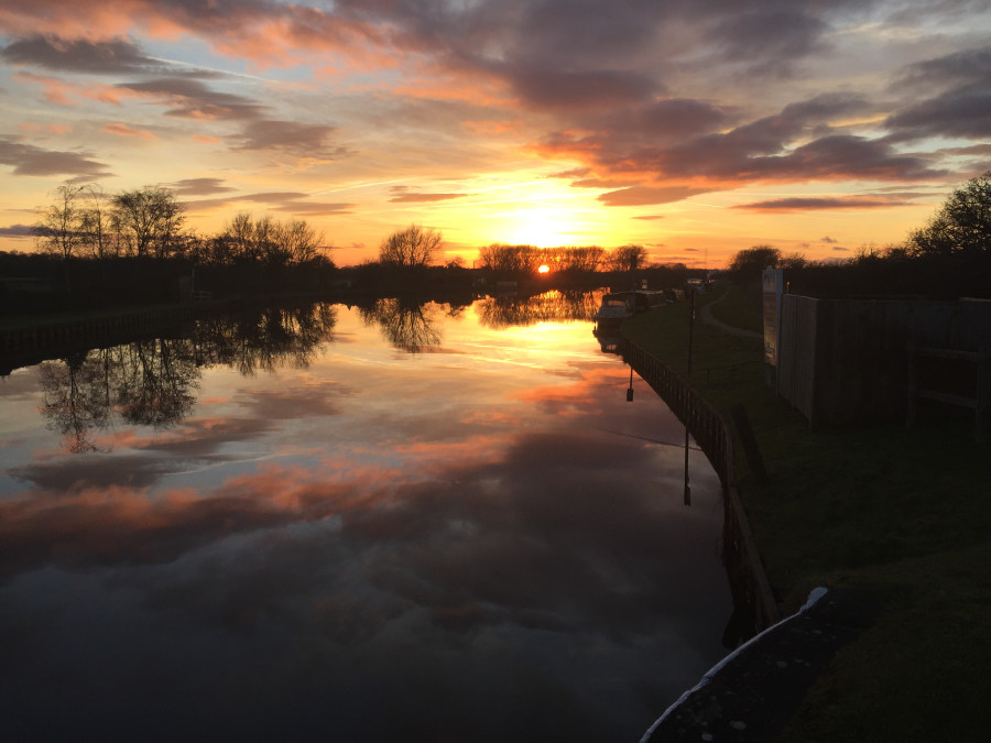 January sunset, Epney Gloucestershire by Jill Davies