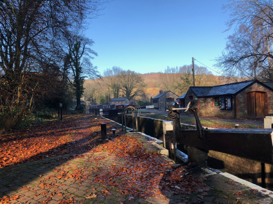 Llangynidr, Monmouthshire & Brecon Canal by Huw Evans